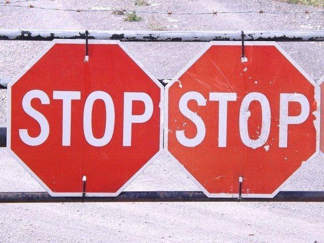 Señales de tráfico, stop