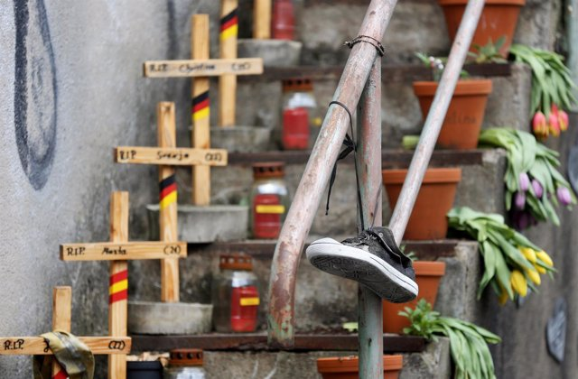 Homenaje a las víctimas fallecidas en la Loveparade