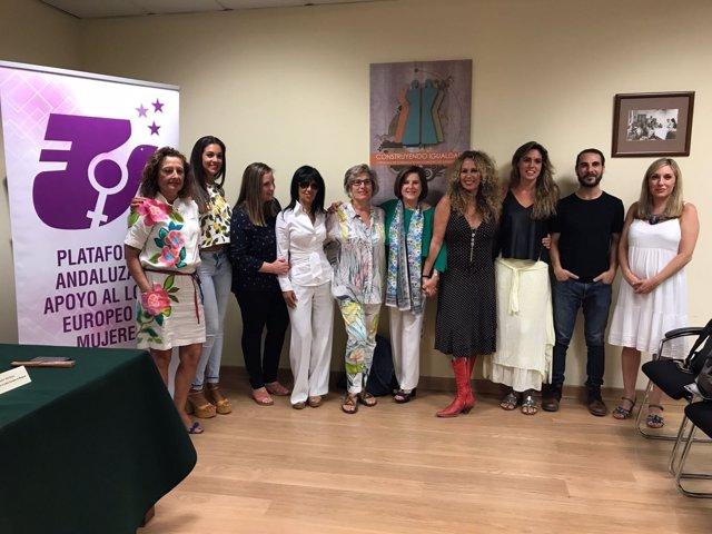 Participantes en la nueva campaña de la Junta contra la violencia machista
