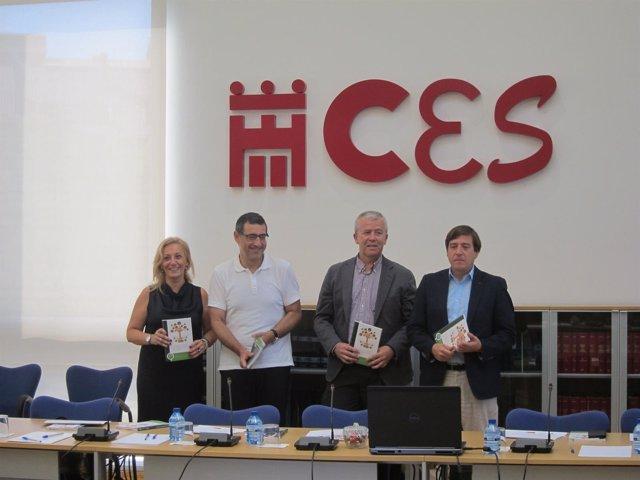 Acto de presentación del libro en la sede del CES