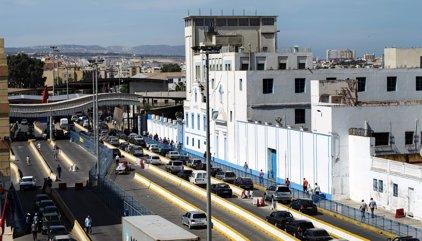 """La Policía descarta el móvil terrorista del detenido que gritó """"Alá es grande"""" e hirió a un agente en Melilla"""