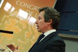 """Floriano (PP) cree que Rajoy contestará mañana a todas las preguntas sobre Gürtel porque """"no tiene nada que ocultar"""""""