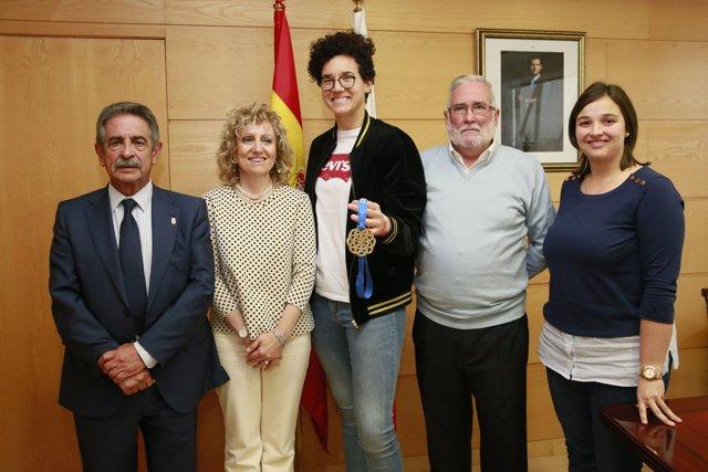 El Gobierno felicita a Laura Nicholls (Archivo)