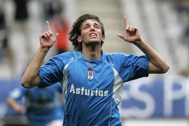 Michu en su primera época en el Oviedo