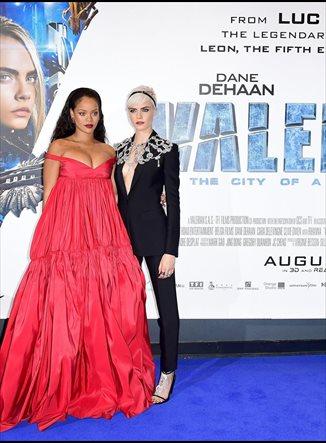 Cara Delevingne y Rihanna: sus impresionantes looks en Londres