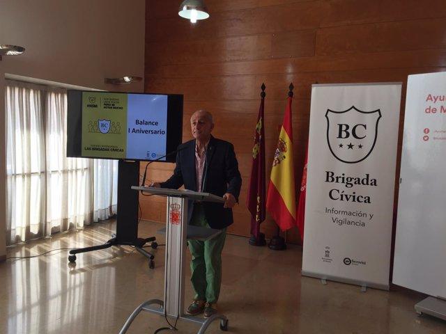 Ortiz haciendo balance de las brigadas cívicas