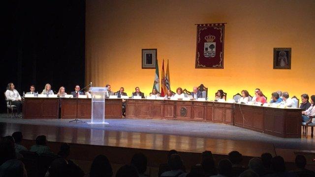 Moción de censura en Isla Cristina contra la independiente Antonia Grao.