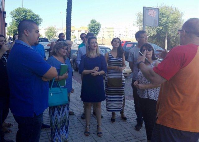 La delegada territorial de Educación visita las obras del IES Al-Guadaira