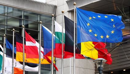 Ultimátum de Bruselas a Facebook, Google+ y Twitter para que actúen contra las estafas y fraude a usuarios
