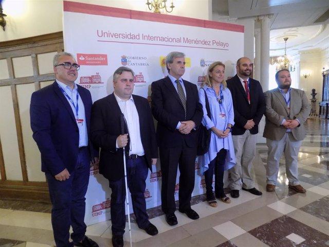 Diputados del Parlamento de Cantabria participan en un curso de la UIMP