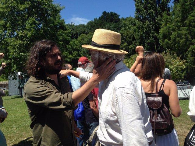 Beiras y Antón Sánchez en el acto de Anova del Día de Galicia