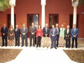 Rosa Aguilar traslada a los colegios de abogados de Andalucía  el compromiso de la Junta con la justicia gratuita