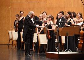 Csaba dirigirá a la Orquesta de Cámara del Encuentro de Música y Academia en la clausura