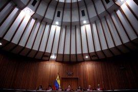 Las fuerzas chavistas detienen a dos jueces designados por la oposición para el Supremo