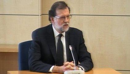 El rifirrafe entre el presidente del tribunal y la acusación centra la primera hora de interrogatorio a Rajoy