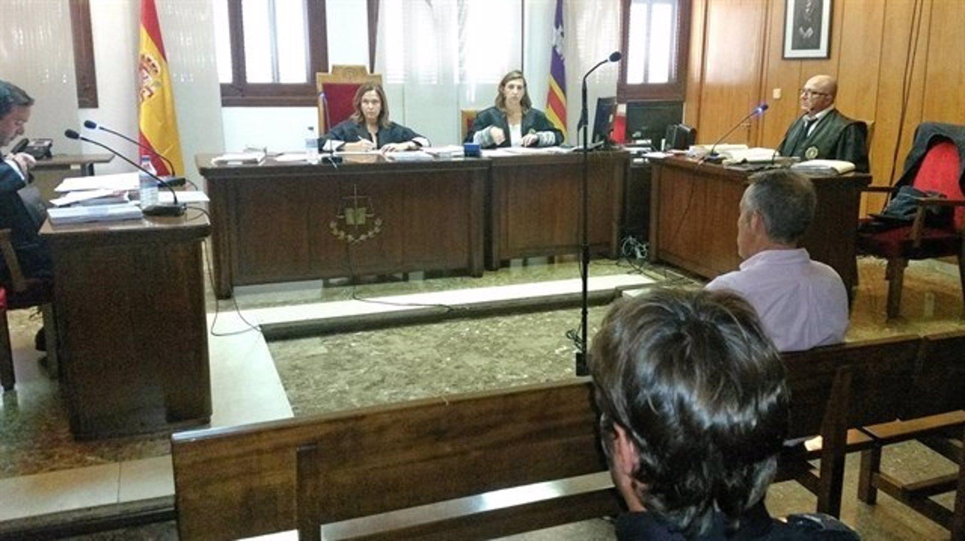 Condenan a 15 meses de prisión al sobrino de Cursach y ordenan su puesta en libertad