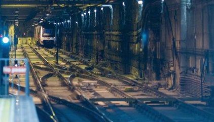 Persecución policial por túneles de Metro paraliza 40 minutos el servicio de la Línea 3 entre Sol y Delicias