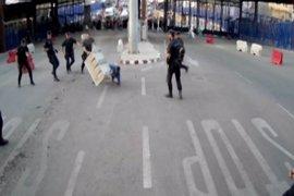 """Prisión para el marroquí que atacó a la Policía en la frontera de Melilla al grito de """"Alá es grande"""""""
