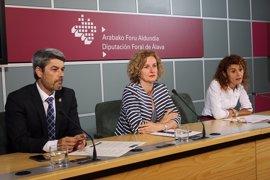 Las instituciones alavesas promocionarán los atractivos turísticos del territorio en Tenerife