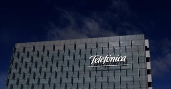 Telefónica gana 1.600 millones el primer semestre, un 28,9% más
