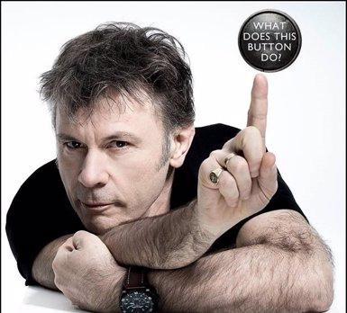 El cantant d'Iron Maiden, Bruce Dickinson, publicarà les seves memòries el 19 d'octubre (HARPER NON FICTION)