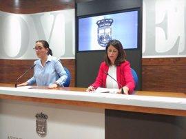 """El PP acusa a Somos de usar el stand de la Fidma como """"un cortijo para promocionar a sus amiguetes"""""""