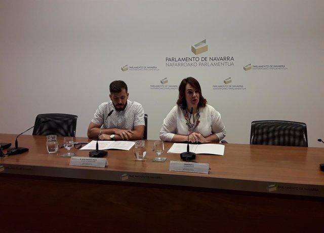 Ainhoa Aznárez y Javier Espinosa, en rueda de prensa sobre sostenibilidad.