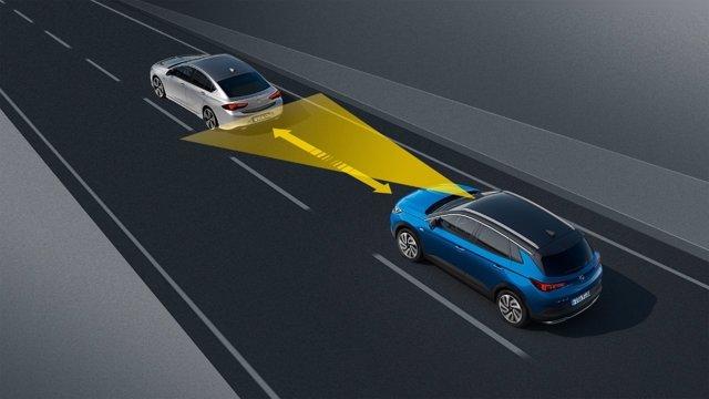 Sistemas de asistencia del Opel Grandland X