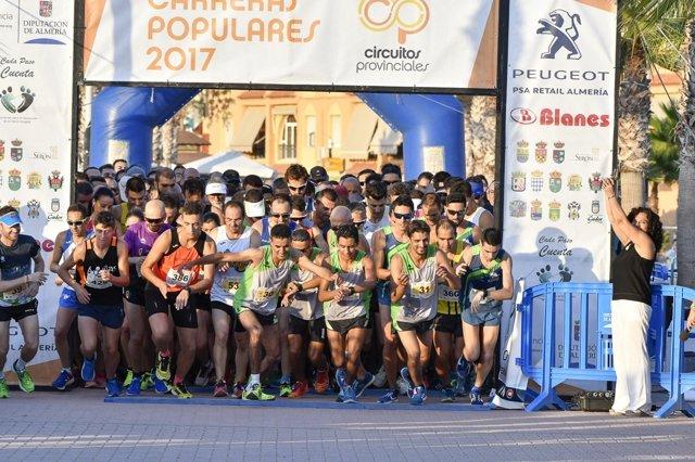 La carrera de Pulpí ha reunido a más de 300 deportistas.