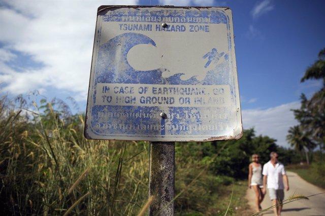 Señal de advertencia de tsunami en Tailandia