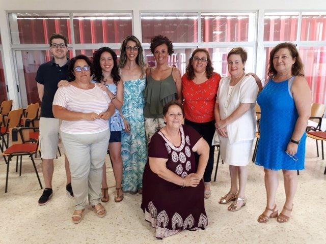 Padres de niños con diabetes informan sobre la enfermedad en el Infanta Elena.