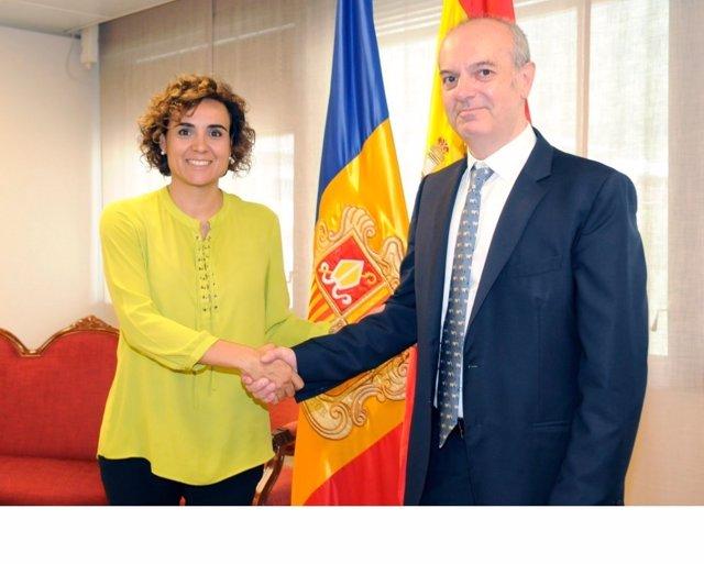 Reunión ministra sanidad y su homólogo de Andorra