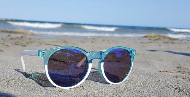 daecab535 ¿Cuáles son los riesgos de no usar gafas de sol homologadas?