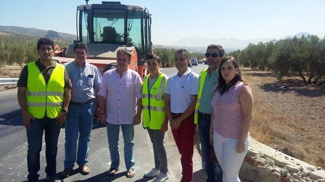Mariela Fernández-Bermejo visita las obras en la carretera A-336