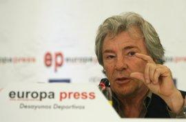 Jerez rinde homenaje a Ángel Nieto en el circuito de velocidad