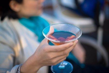 Descubren mecanismos implicados en el aumento del riesgo de cáncer por abuso de alcohol