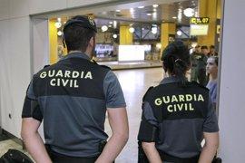 Interior refuerza la plantilla de la Guardia Civil en El Prat frente a la huelga de vigilantes