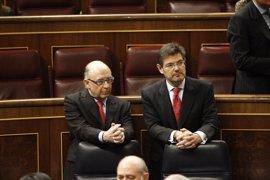 Los ministros reprobados Catalá y Montoro, los peor valorados en la encuesta del CIS