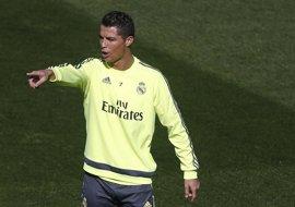 Cristiano Ronaldo vuelve al trabajo con el Real Madrid tras un verano movido