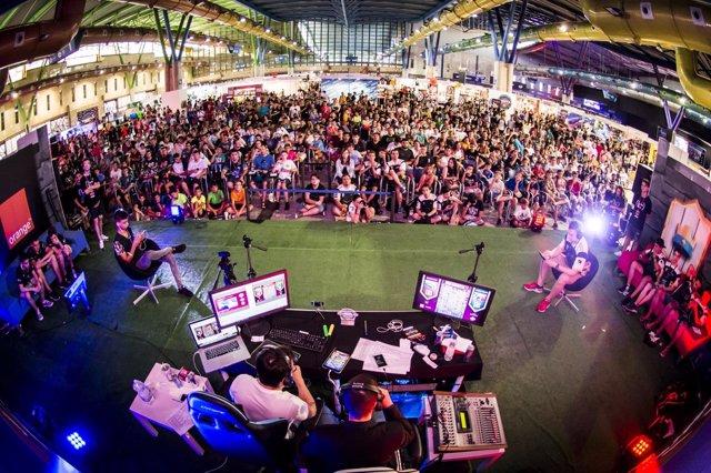 Gamepolis 2017 palacio ferias juegos videojuegos clash royale