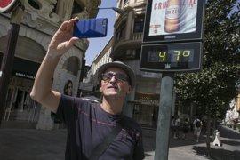 Avisos por altas temperaturas en todas las provincias andaluzas salvo Almería
