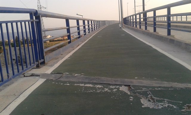 Nota De Prensa + Fotos Sobre Deterioro De Carriles Bici En El Municipio