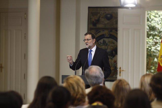 Rajoy hace balance del curso político en Moncloa