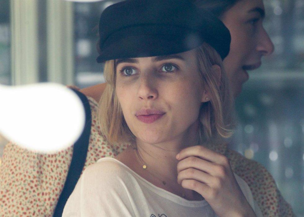 La actriz Emma Roberts apuesta por un cambio de look y acierta