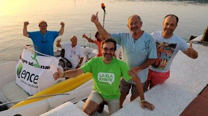 Carlos Arguiñano y Francisco Luzón apoyan al nadador Jaime Caballero en su reto a favor de los enfermos de ELA