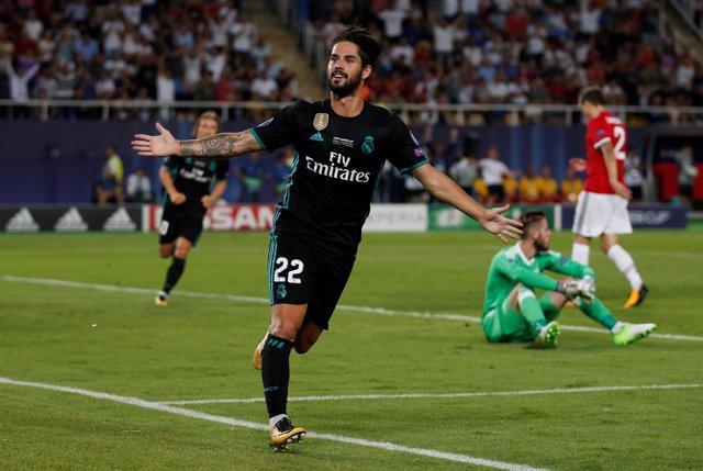 Isco celebra el 2-0 ante el United