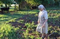 La misionera Rosalía García en Paraguay