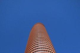 Hotusa prevé abrir el hotel de Torre Sevilla el 1 de septiembre y el mirador no estará abierto en primera fase