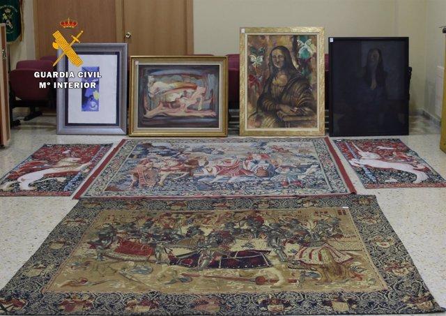 Tapices y otros objetos recuperados