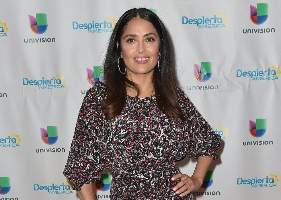 Salma Hayek habla de su medio siglo para la revista The Edit